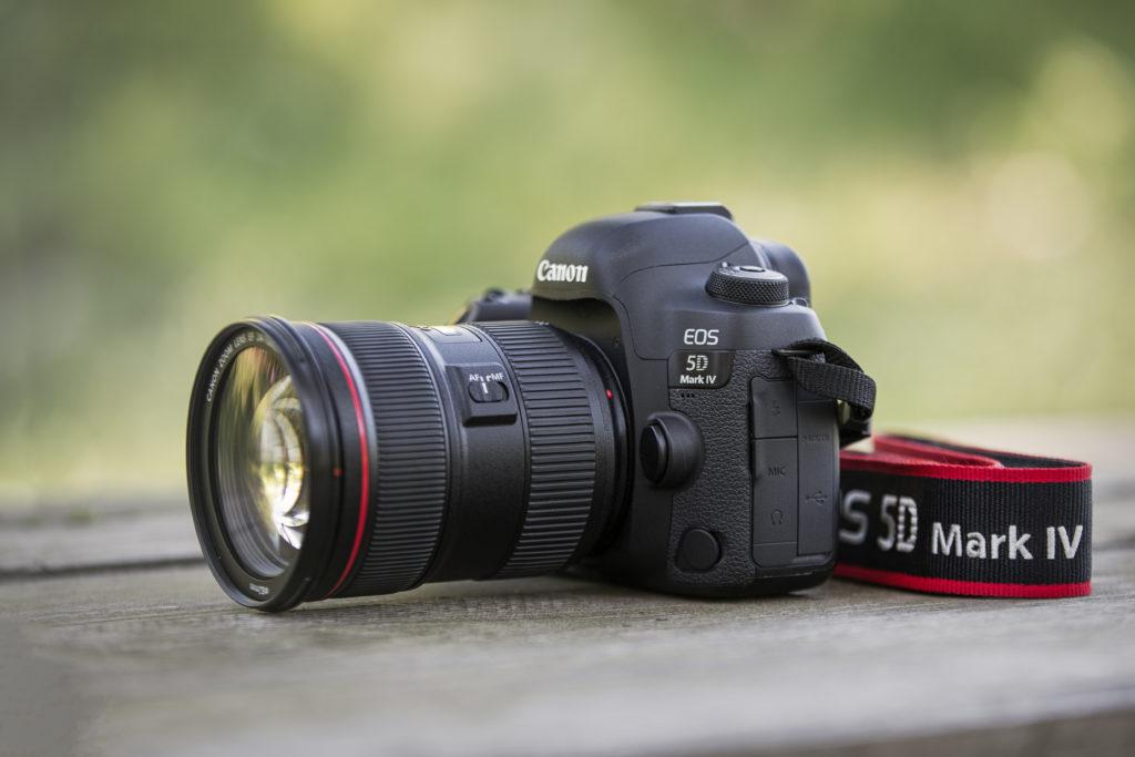 Canon 5D Mk4 lato