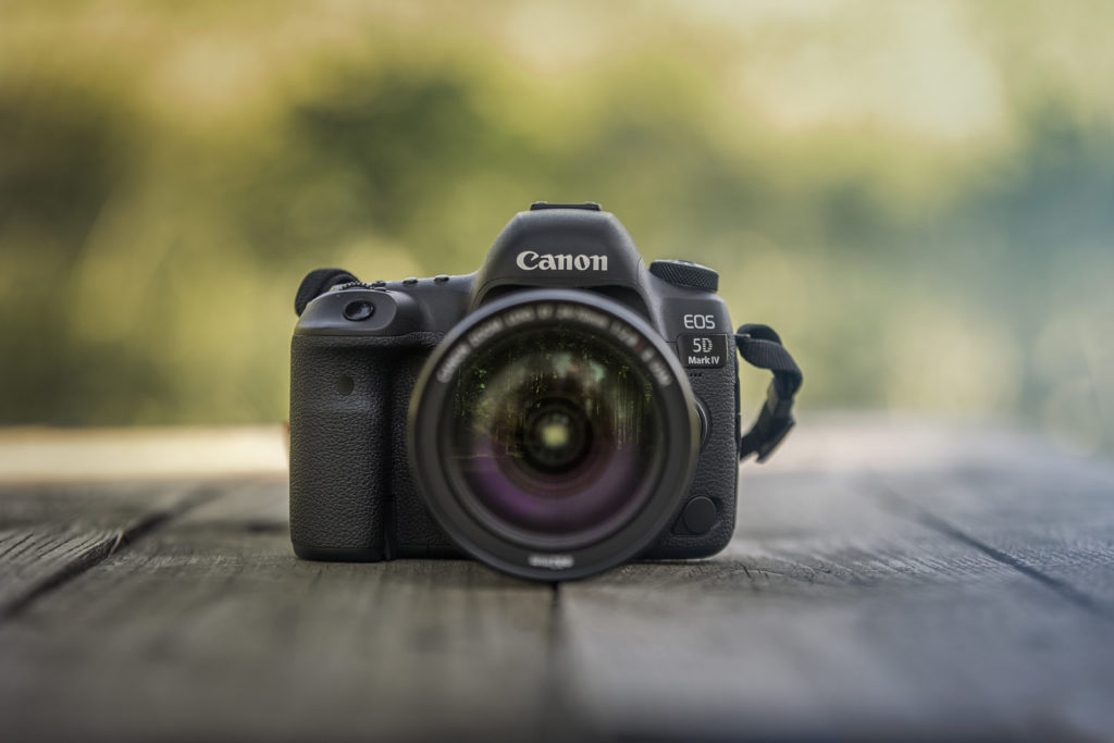 Canon 5D Mk4 front